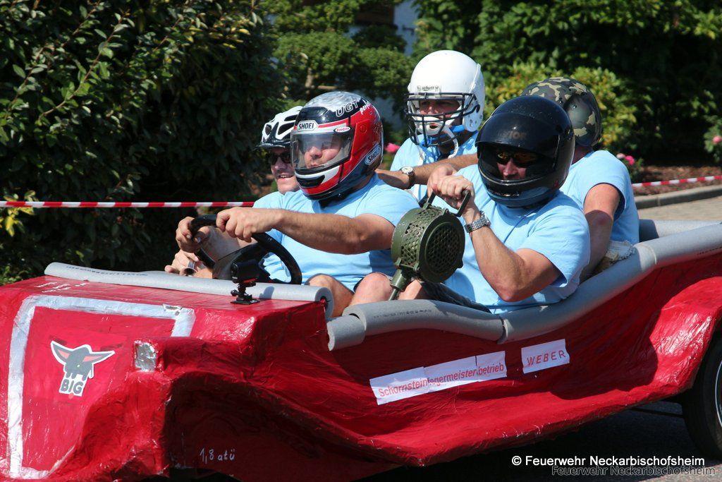 Bobby-Car-Rennen in Helmhof